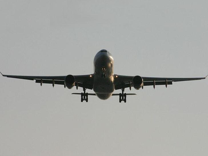 Rusya'dan gelen Antalya uçağında büyük panik!