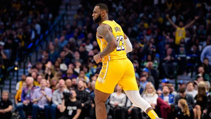 NBA'de Los Angeles Lakers galibiyet serisini 9 maça çıkardı