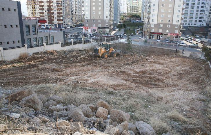 Talas'ta 331 bin metrekare saha temizliği yapıldı