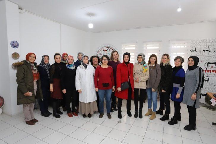Melek Arı'dan kadın girişimcilere ziyaret