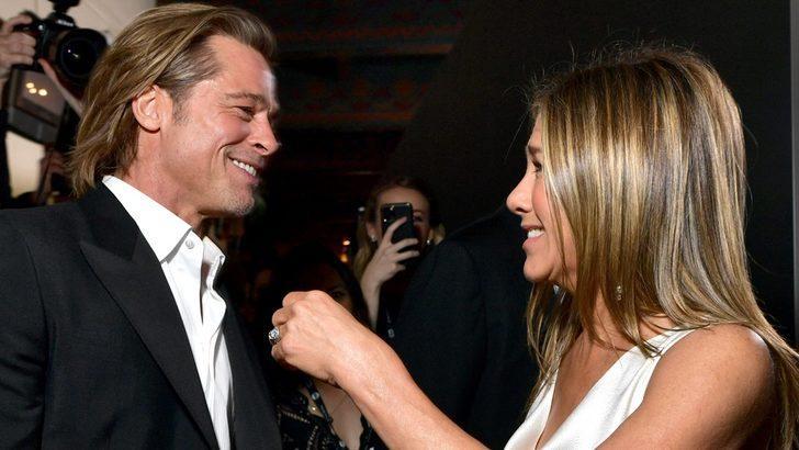 Jennifer Aniston ve eski eşi Brad Pitt sahne arkasında SAG ödüllerini kutladı