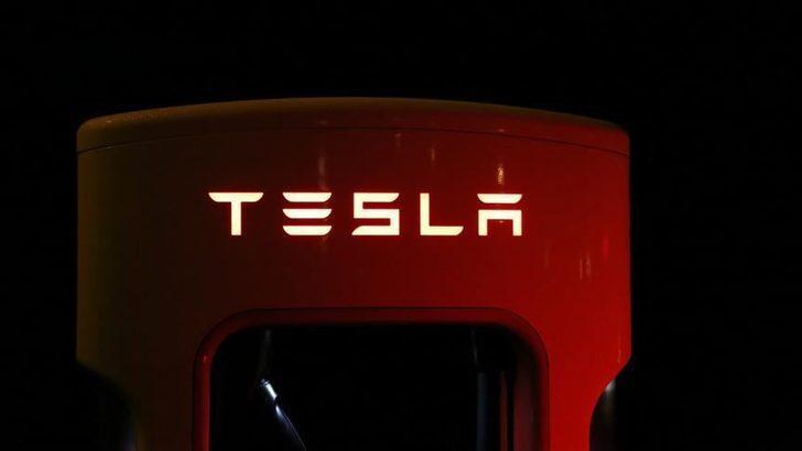 Tesla'dan ABD'yi ayağa kaldıracak açıklama!
