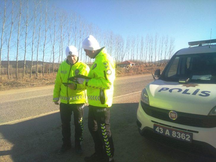 Hisarcık polisinden trafik uygulaması
