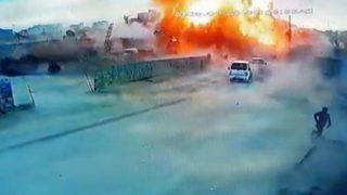 Azez'de bombalı saldırı!