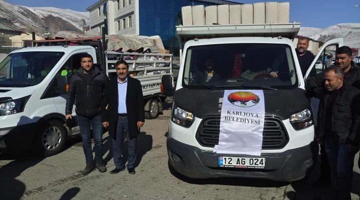 Karlıova'dan depremzedelere yardım