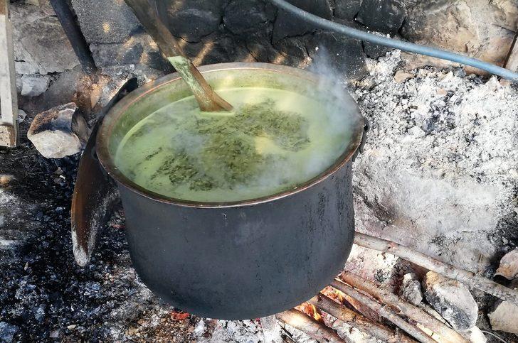 Tirşik çorbası faydalarıyla kışın gözde içeceği oldu