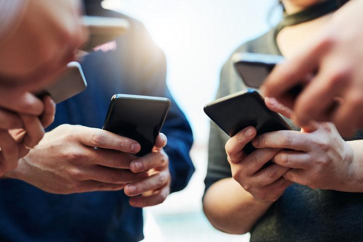 TÜRKİYE'DE KAÇ KİŞİ AKILLI TELEFON KULLANIYOR?