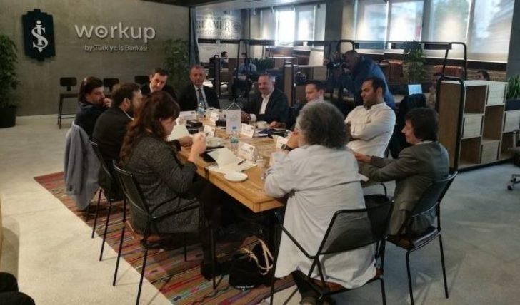 Emre Kurttepeli Participated İş 'te Digital Meetings