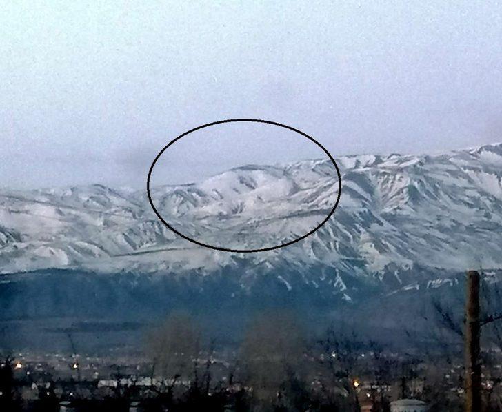 Erzincan'da kardan insan kafası silüeti oluştu