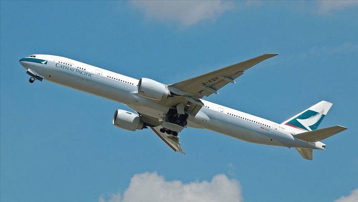Hong Kong hava yolu şirketi Cathay Pacific'ten çalışanlarına 'ücretsiz izin yapın' çağrısı