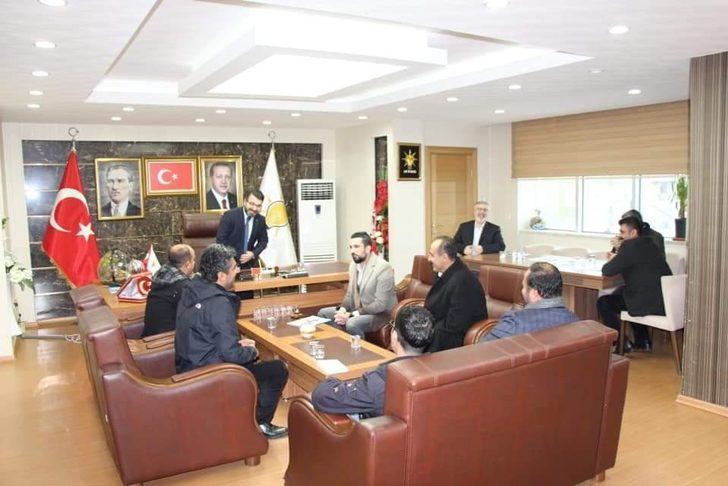 AK Parti Batman İl Başkanı Gür vatandaşların sorunlarını dinledi