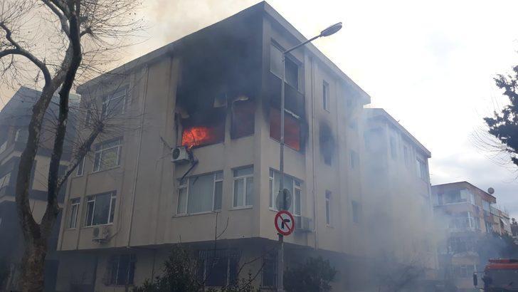 İstanbul Bakırköy'de korkutan yangın