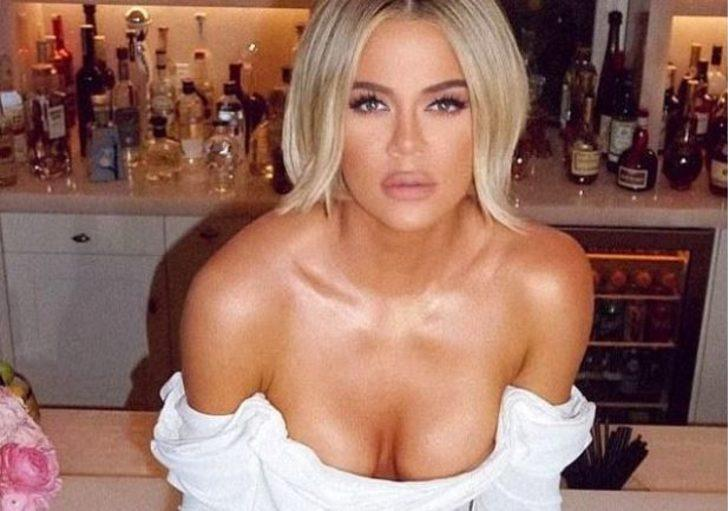 Khloe Kardashian hem bacak hem göğüs dekoltesiyle beğeni topladı
