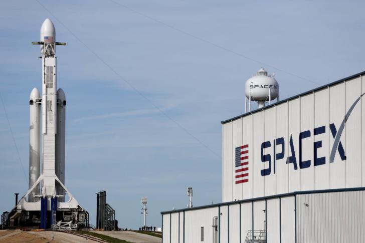 SpaceX her yerde aradığı o ismi NASA'da buldu!