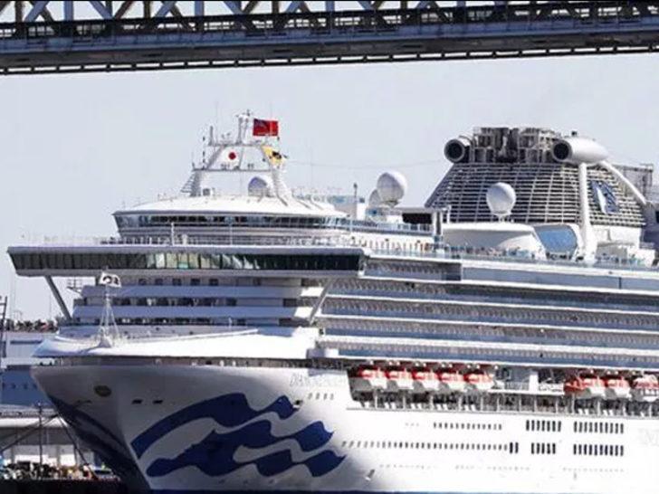 Karantina altındaki gemide 70 kişide daha koronavirüs tespit edildi