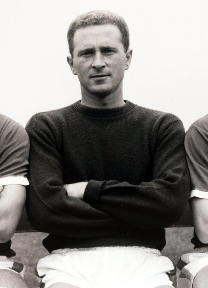 """Manchester United'ın """"Münih kahramanı"""" Harry Gregg hayatını kaybetti"""