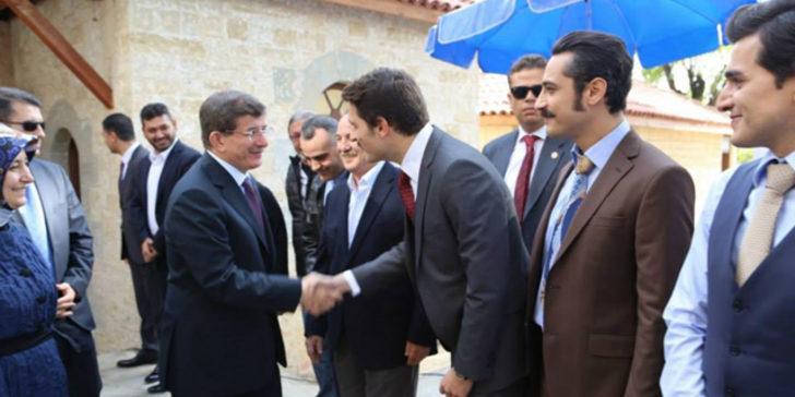 Başbakan'dan dizi setine sürpriz ziyaret