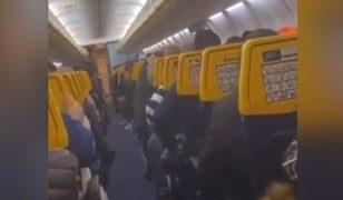 Uçakta panik anları! Türbülansa girince...