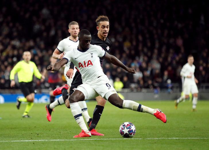 Tottenham 0 -1 Leipzig (Maç Sonucu) Cüneyt Çakır'ın yönettiği maçta gülen taraf Leipzig oldu