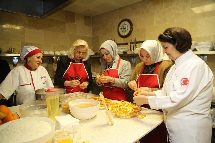 Sivaslı kadınların örnek mutfağı