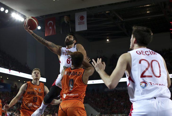 ÖZET | Türkiye - Hollanda maç sonucu: 65-72