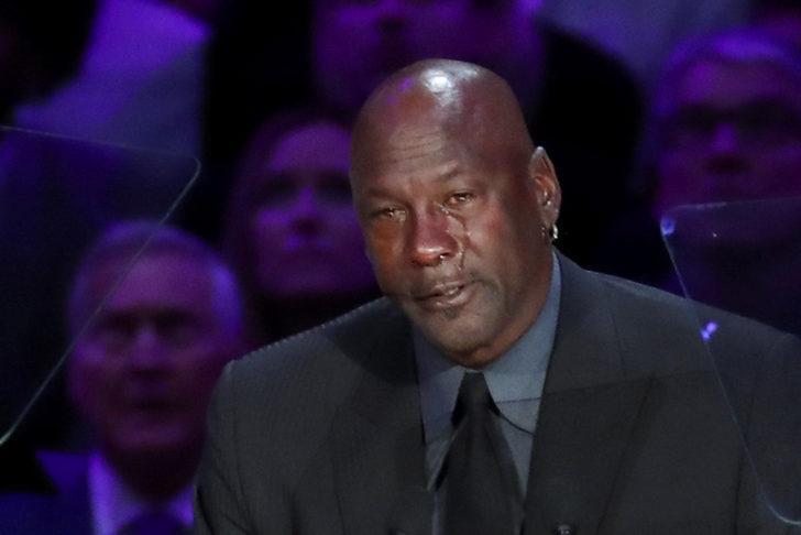 Michael Jordan Kobe Bryant ve Gigi Bryant için düzenlenen anma töreninde gözyaşlarını tutamadı