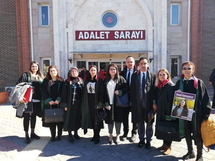 Mersin Barosu Kadın Hakları Merkezi, Güleda'nın duruşmasına katıldı
