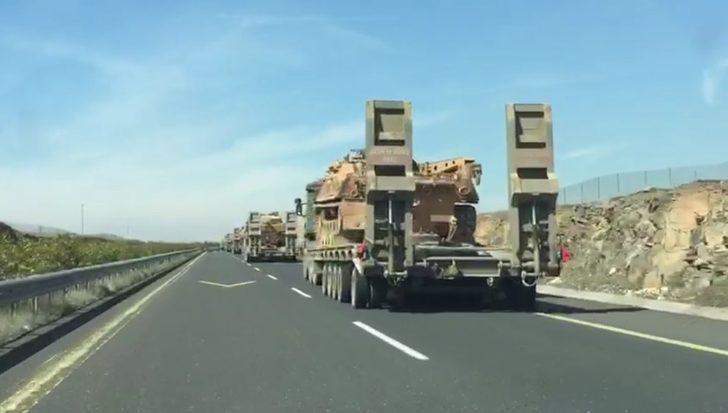 İdlib sınırına çok sayıda tank sevkiyatı yapıldı