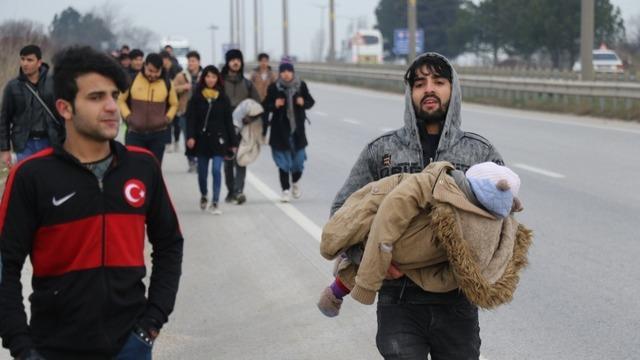 mülteciler ile ilgili görsel sonucu