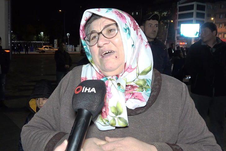 Uzman jandarma annesi: İdlib'te görevli oğlum 5 dakika arayla kurtuldu
