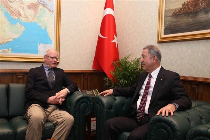 Milli Savunma Bakanı Hulusi Akar, ABD Suriye Özel Temsilcisi James Jeffrey ile görüştü