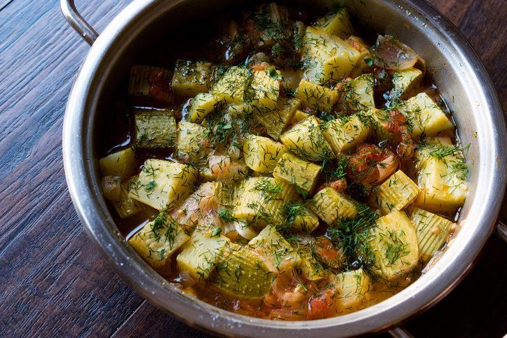 Kabak yemeği tarifi: Kıymalı ve zeytinyağlı kabak yemeği tarifleri