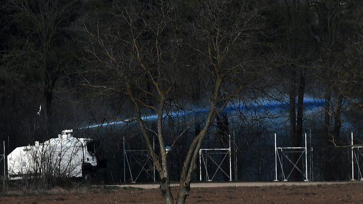 Sığınmacıları mavi renkli suyla işaretliyorlar!