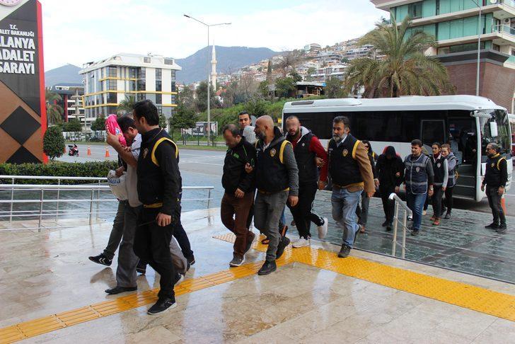 Antalya'nın Alanya ilçesinde fuhuş operasyonu! Tutuklandılar