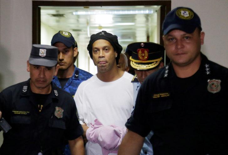 Ronaldinho 6 ay hapis cezası aldı