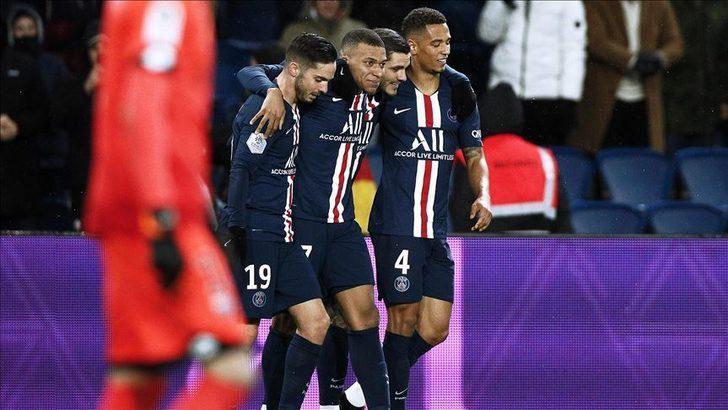 Fransa Ligue 1 ve Ligue 2'deki tüm maçlar 15 Nisan'a kadar seyircisiz!