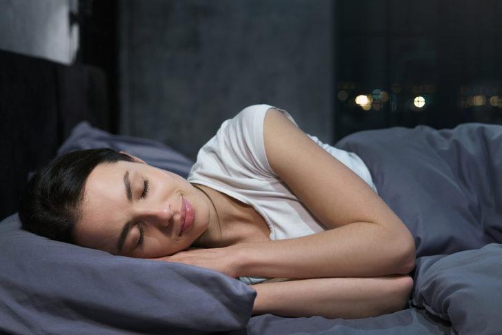 Uyku bozukluğu beyni hızlı yaşlandırıyor!