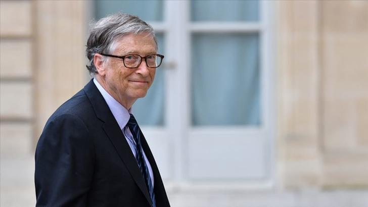 Bill Gates, Microsoft yönetiminden ayrıldı