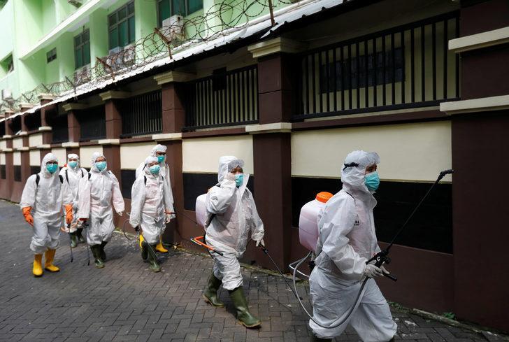 Dünya koronavirüs salgınıyla boğuşuyor!
