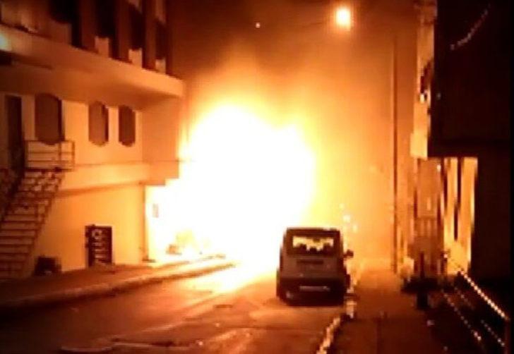 Beylikdüzü'nde korkutan otel yangını
