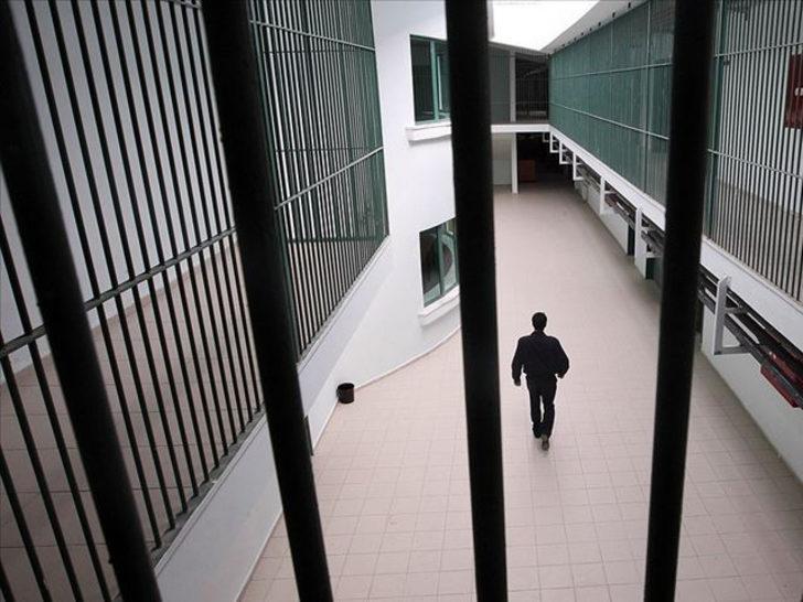 'Cezaevinde koronavirüslü doktorun çalıştığı' iddiasına açıklama