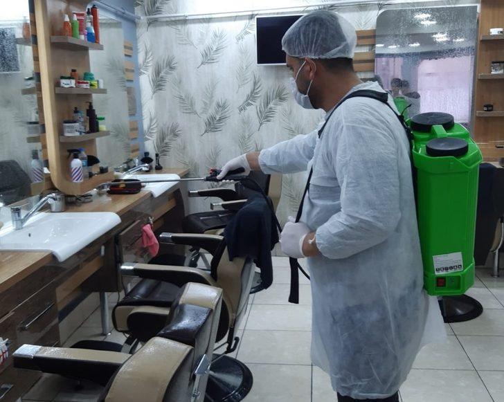 Kuaförlerde korona virüsüne karşı dezenfekte çalışması