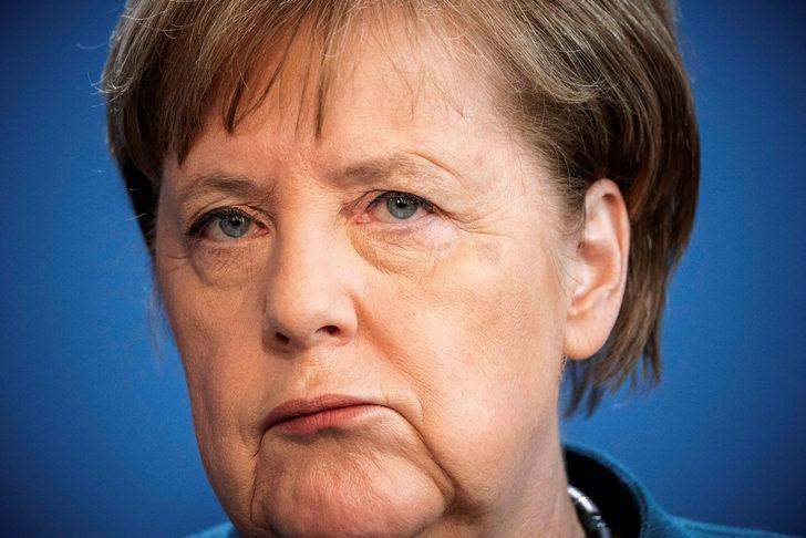 Son dakika: Almanya Başbakanı Angela Merkel koronavirüs nedeniyle kendisini karantinaya aldı