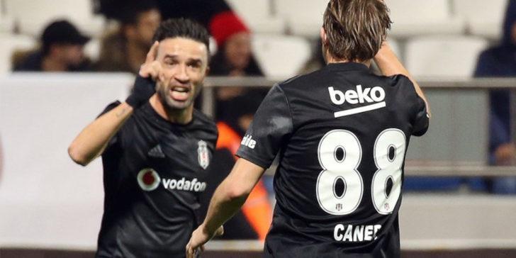 Beşiktaş'ta forma giyen Gökhan Gönül ile Caner, Fenerbahçe'ye transfer oluyor!