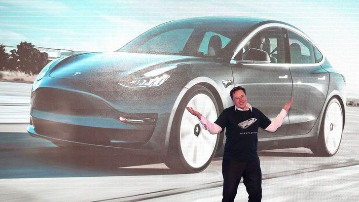Koronavirüs - Elon Musk koronavirüs salgınını 'ciddiye almamakla' eleştirildi