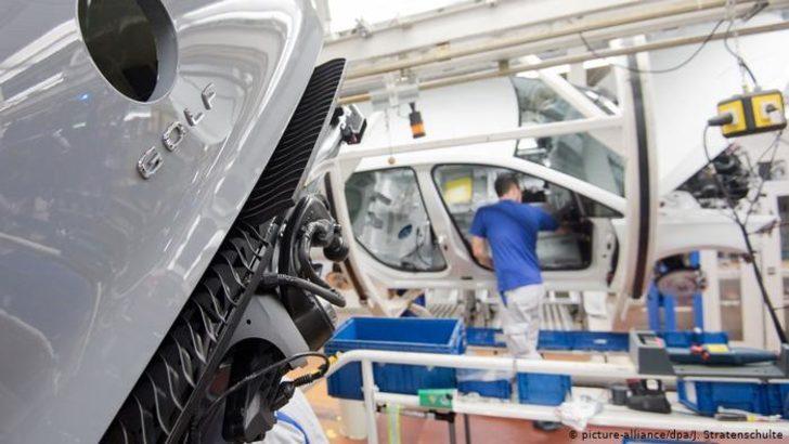 Koronavirüs otomobil sektörünü de vurdu