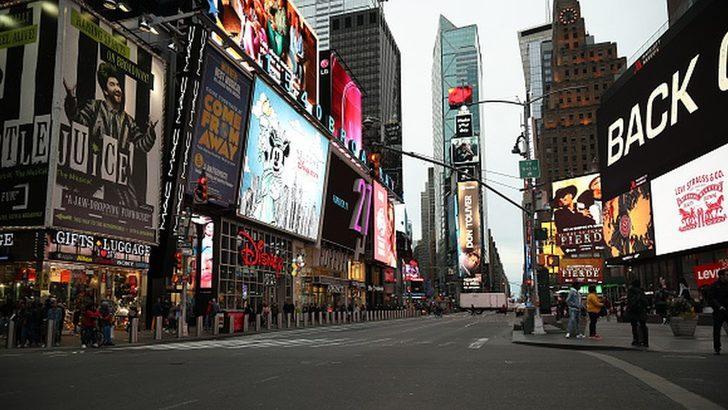 Koronavirüs: New York'ta 50 binden fazla restoran, kafe, bar, tiyatro ve sinemalar kapatılıyor