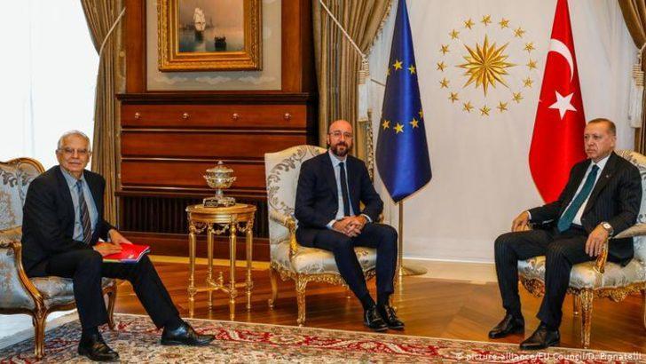 AB Türkiye'yle mülteci anlaşmasını yenilemek istiyor