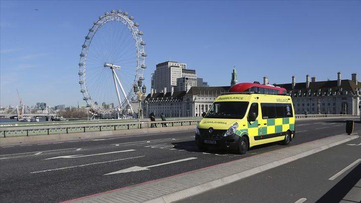 İngiltere'de koronavirüs nedeniyle hayatını kaybedenlerin sayısı 465'e yükseldi