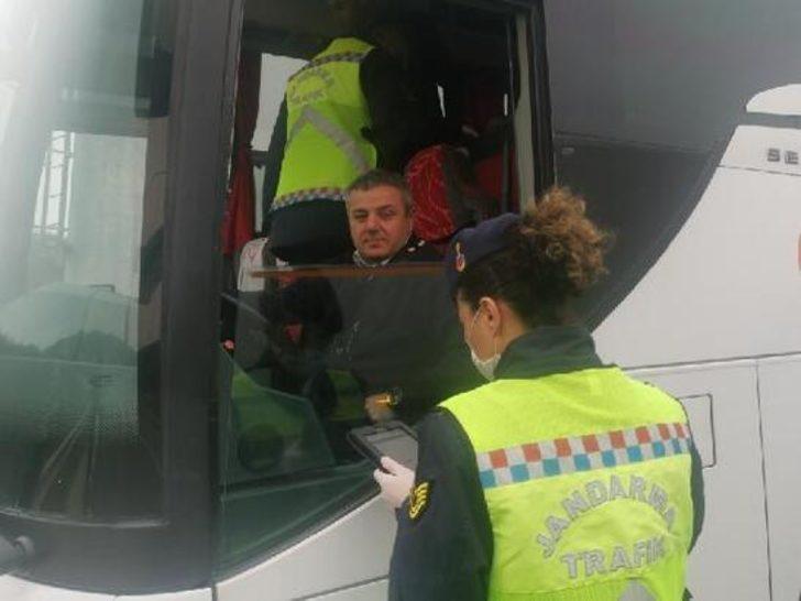 İstanbul'da otobüslere koronavirüs denetimi